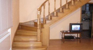Лестница для дачи из дерева цена