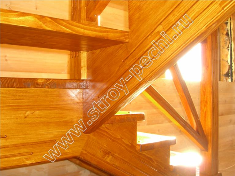 изготовим лестницы из массива дерева на второй этаж под ключ