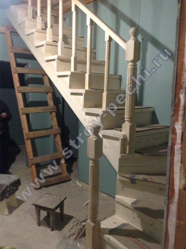 наши работы лестница на 2-й этаж из дерева 2019 ноябрь
